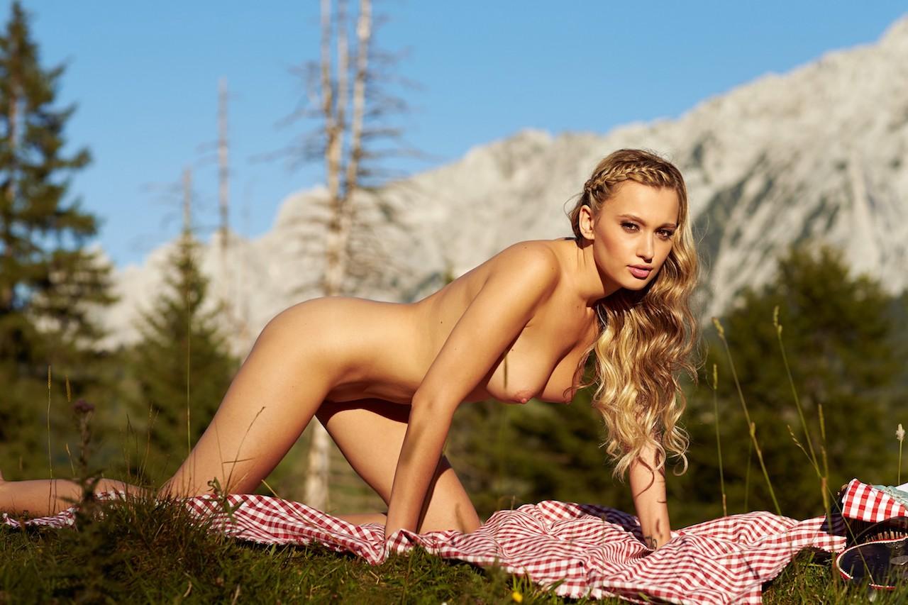 Sexy Gruppensex Orgie in den Alpen